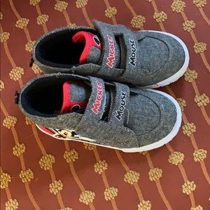 !Almost New!* Toddler Mickey Shoes